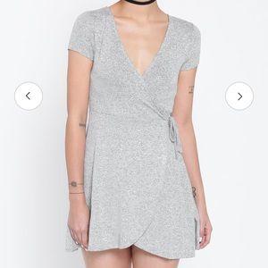 Forever 21 Women's Grey Wrap Dress